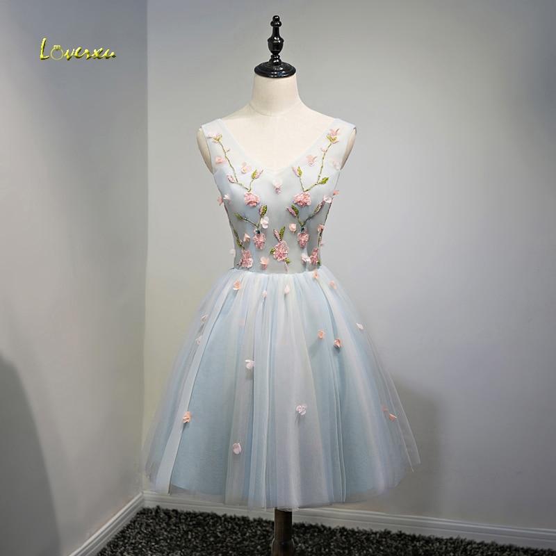 Loverxu Exquisite Embroidery V-neck A-Line   Cocktail     Dresses   2018 Appliques Tank Lace Up Short Party Gown Robe de Soiree Hot Sale