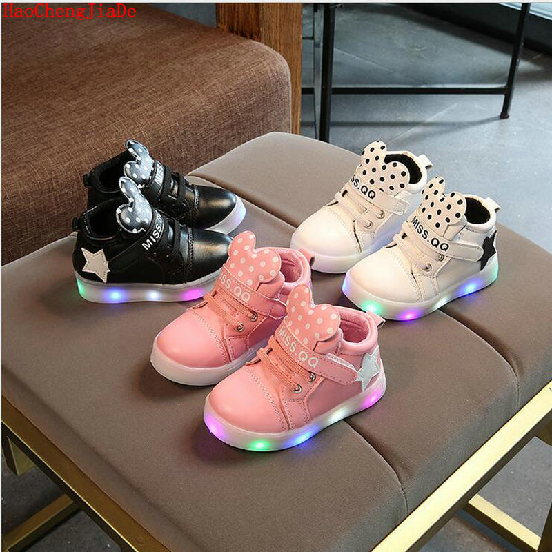 Fashion Children LED lighted Sneakers Spring Autumn Children Princess Cartoon Boots For Girls Boys Kids Casual Shiny Soft Shoes