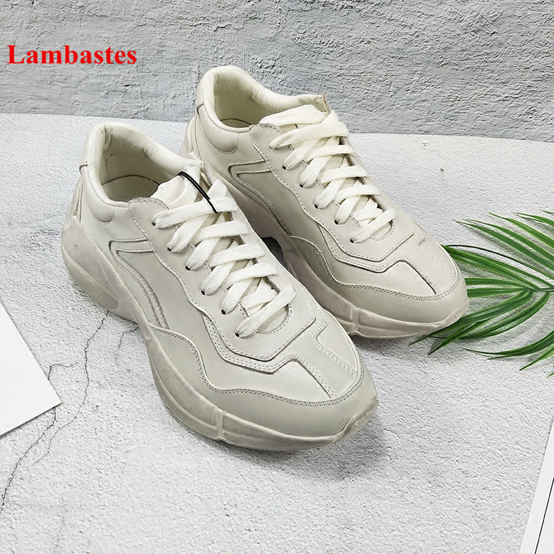2018 Spring Hot Women Casual Shoes Lace Up Retro Flat Platform Women Sneakers Round Toe Cross-tied Flats Designer Couple Shoes winter women casual shoes 2018 hot red round toe lace up snake pattern fur women flats velvet platform shoes women zapatos mujer