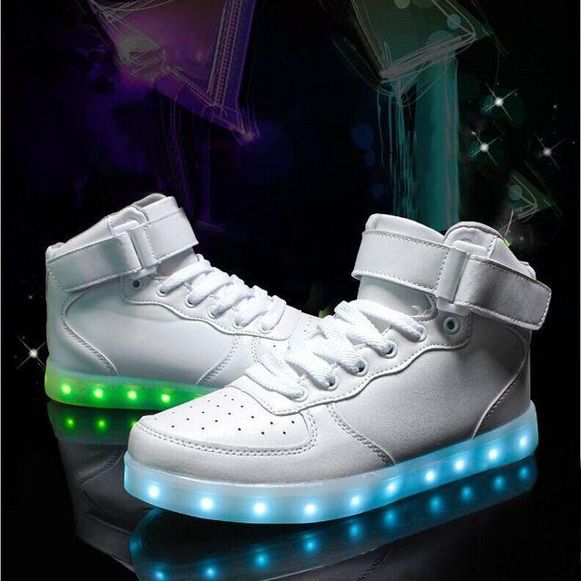 Zapatos de las mujeres zapatos casuales con luz Led luminoso led nueva moda zapatos de las mujeres 2017