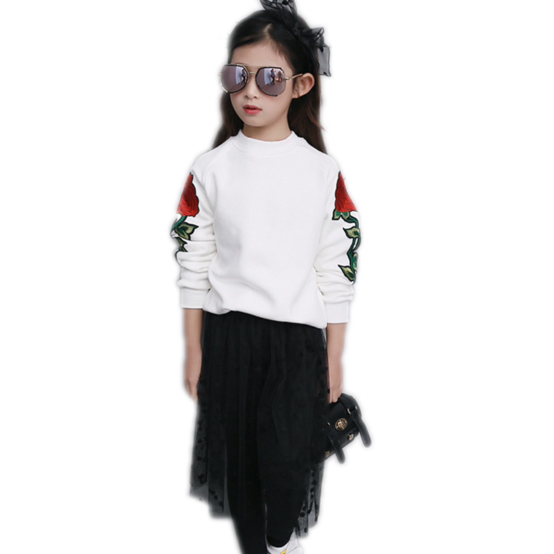 ФОТО children clothing 2017 new spring girl clothes sets top floral Embroidery white sweatshirt+black mesh skirt 5-11T kids clothes