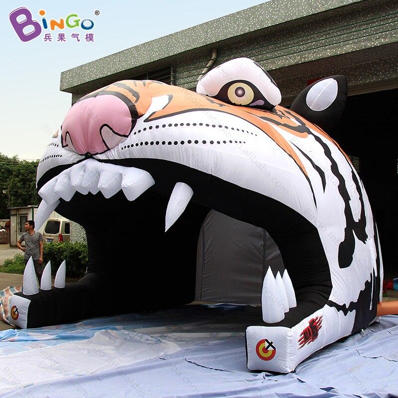 Tentes gonflables adaptées aux besoins du client de jouet de caractère de tigre matériel en nylon de tente de tunnel de tête de tigre de 4x4.3x3.6 mètres