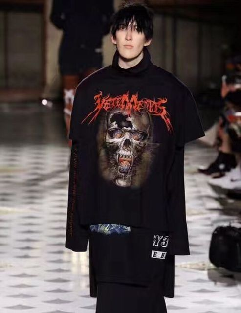 17ss vetements 16ss men and women in the long section of the tide fake three skull printing T-shirt