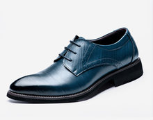 74e783e51ab XINGLIN Classique Messieurs Oxford de 2018 Homme Plat Classique Hommes Robe  Chaussures En Cuir de Bout D aile Sculpté Italien Fo.