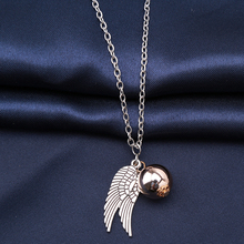 2017 New Harry Potter Necklace Golden Snitch Pendent the Deathly Hallows Gold Snitch Exquisite Ball Wings Feather Necklaces
