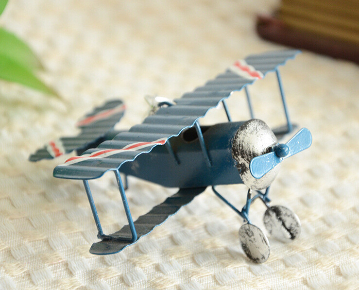 Vintage Toys Airplane Model Metal Iron Handcraft Plane Aircraft Home Wedding Decoration Car Styling Handicraft