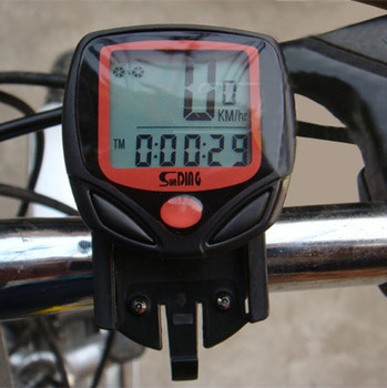 Koha e lirë e kompjuterit me biçikleta 14-Funksionet Shpejtësia eometrit të çiklizmit të papërshkueshëm nga uji me shpejtësi tëometritometër të çiklistëve me ekran LCD