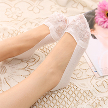 2 Pairs Lace Sapatos Socks Slippers For Female Women's Invisible High-heeled Shoes Socks Silicone Meias Branca Calcetines 1 2 pairs of high heeled shoes cushion non slip silicone embellished invisible insole with heel socks