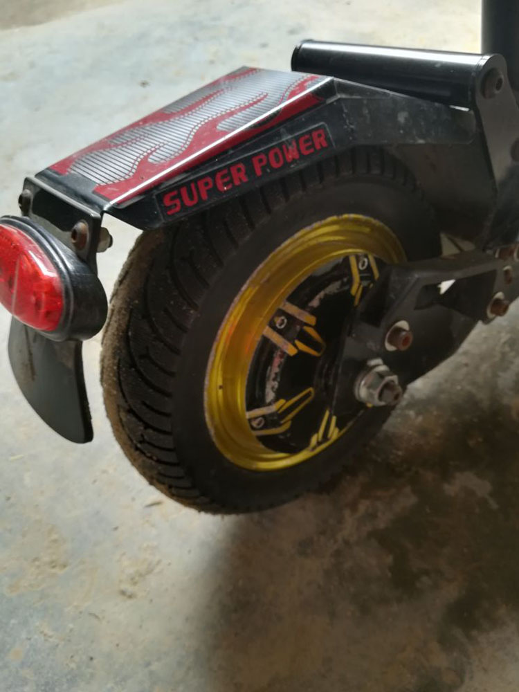 ar pneus de roda sólida inflação do