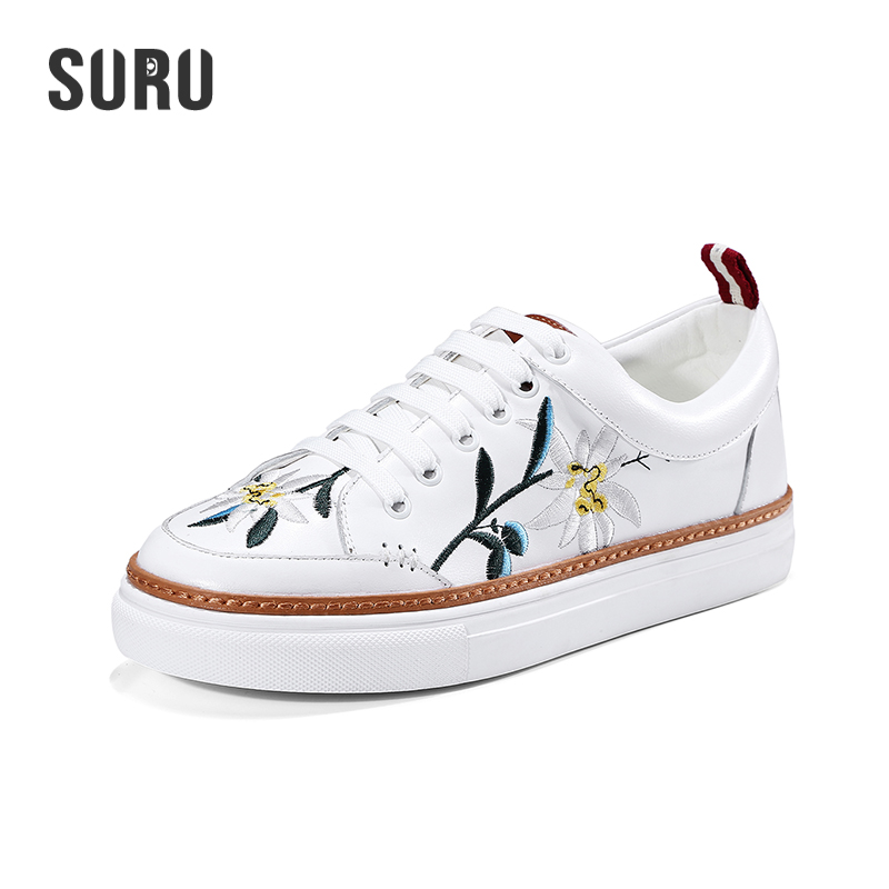 SURU Genuine Cow Leather Lace-up Woman Casual Flats , Girls Small White Shoes With Embroider Floral Comfortable Round Toe 2017 new women shoes genuine leather casual shoes flats breathable lace up soft fashion brand shoes comfortable round toe white