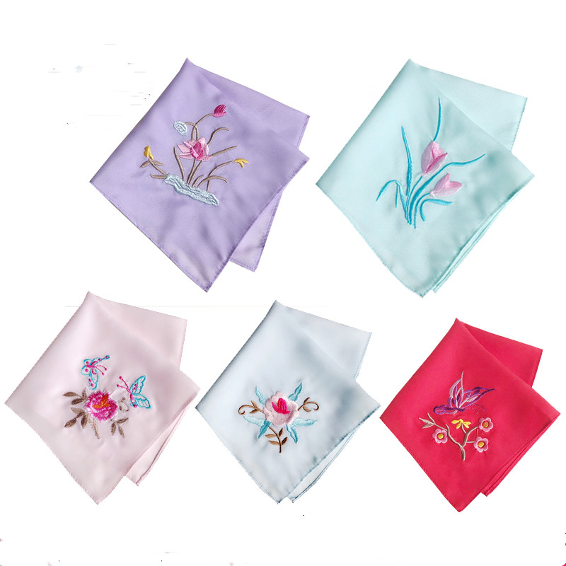 Decorative Silk Embroidery Ladies Vintage Handkerchiefs Wedding Party Favor Fashion Accessories Small Kerchief  26x26 Cm