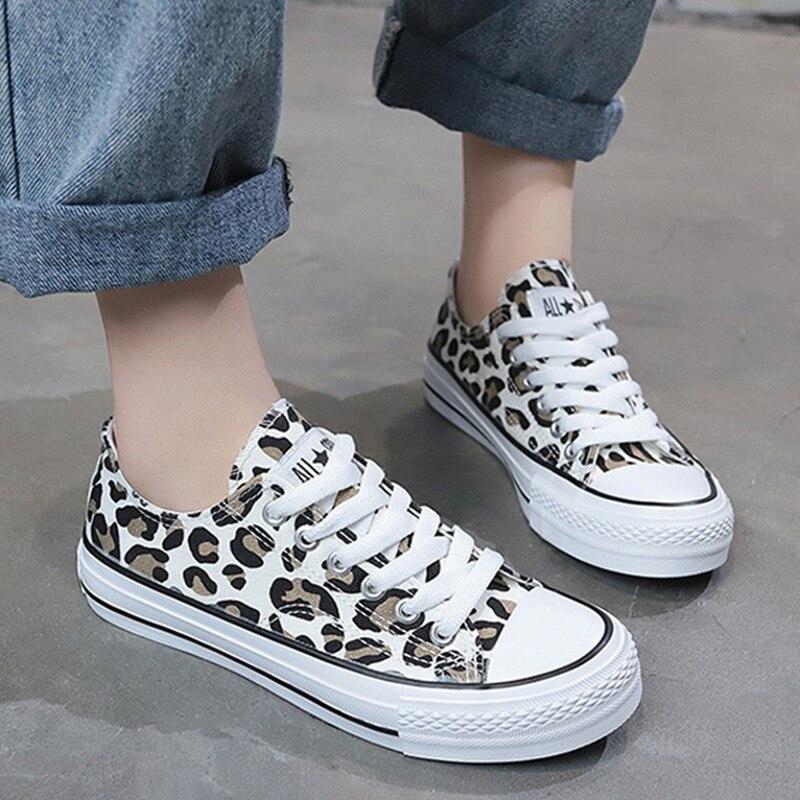 Women Canvas Shoes Leopard Sneakers Women Shoes 2019 Hot Harajuku Casual Vulcanized Shoes Women Flats Low Upper Lace Up Footwear