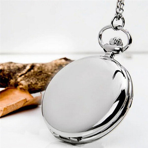 Retro Classical 4.5cm Size Silver Polish Quartz Men Pocket Watch Pendant Chain Smooth Pocket Watches Relogio De Bolso Gift