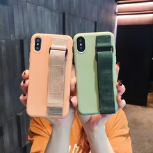 Case For iPhone Xr X Xs Max Cover Korean Candy Color Wristband Girly Soft Silicone Stand Bag Case For iPhone X 7 8 6S Plus Cover girly case for iphone xr x xs max cover korean aurora gradient color dot skin bag cases for iphone 7 8 plus 6s case long chain