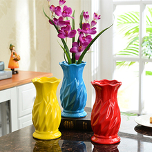 Ceramic Stripe Vase Europe Fashion creative Flower Room Study Hallway Home Wedding Office Ornaments 3 Colors