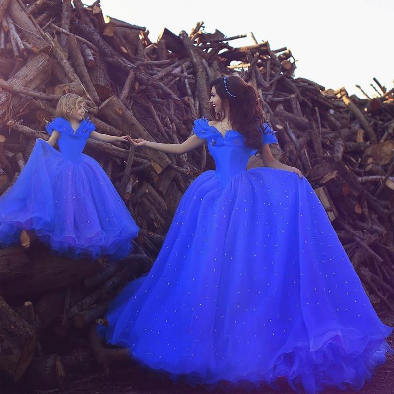 Vestidos de novia en azul royal