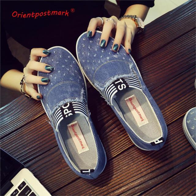 Sapatos flats Moda Sapatos Casuais Calças de Brim das mulheres Denim Clássico Menina Apartamentos Suaves Solas Estudantes Sapatas de Lona Primavera Senhora Nova Chegada