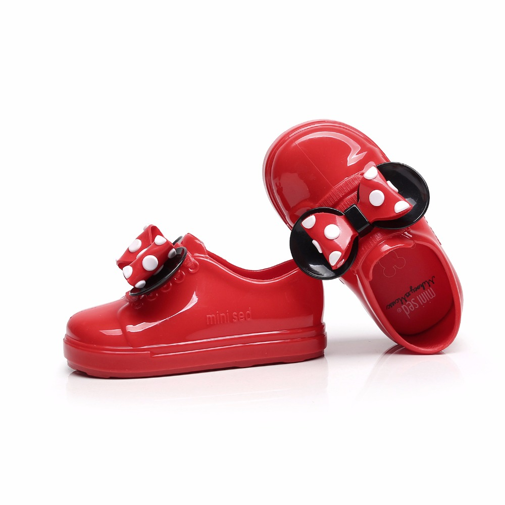 Mini Melissa No Shoelace Girls Sports Shoes 2019 Wave Point 2 Layer Bow Mickey Bow Flat Slip on Kids Sandals New summer Jelly in Sandals from Mother Kids