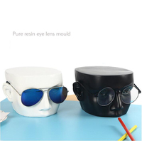 Fashion Nice Design 4 Colors Options Resin Glasses Holder Sunglasses Stand Jewelry Display New Product with High Level Craft
