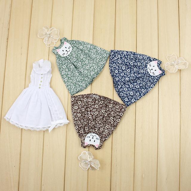 Neo Blythe Kitty Cat Style Sleeveless Floral Dress Accessory Option