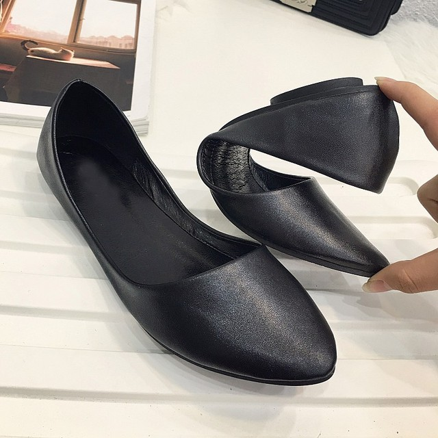 6956b7102f Spring Autumn Pointed Toe Solid Soft Leather Women's Ballet Flats Shoes  Ladies Casual Ballerina Loafers Driving Shoes Plus Size