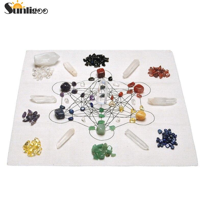 Sunligoo Chakra Crystal Healing Grids Kit Grids Altar Cloth 7 Chakra Assorted Chips Balancing Stones Clear
