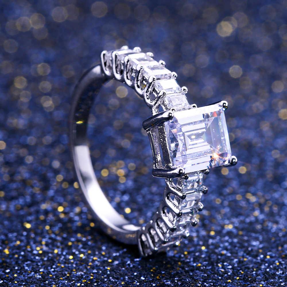 Huitan Berkilau Persegi Kubik Zircon Prong Pengaturan Pernikahan Mulia Cincin untuk Wanita dengan Kecil Cubic Zirconia Trendi Permata Femme
