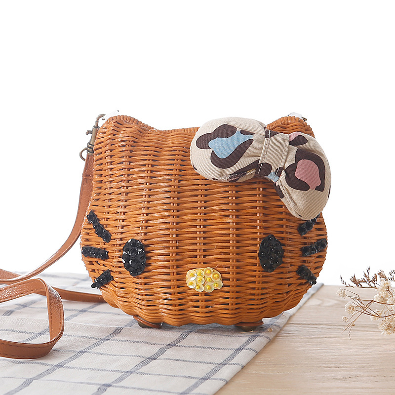 3af00301d5 Hello Kitty Women Handmade Straw Beach Bag Girls Cartoon Fabric Shoulder Bag  Rattan Knitted Circular Handbag Tote -in Shoulder Bags from Luggage   Bags  on ...