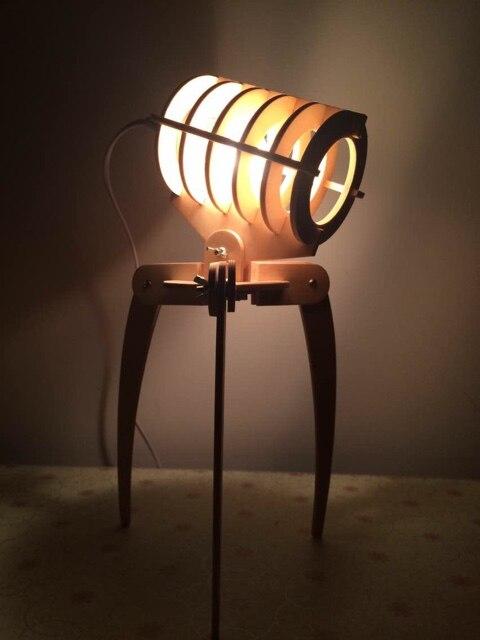 Мастер библиотека инопланетными захватчиками деревянный Собранный DIY настольная лампа Спальня исследования настольная лампа
