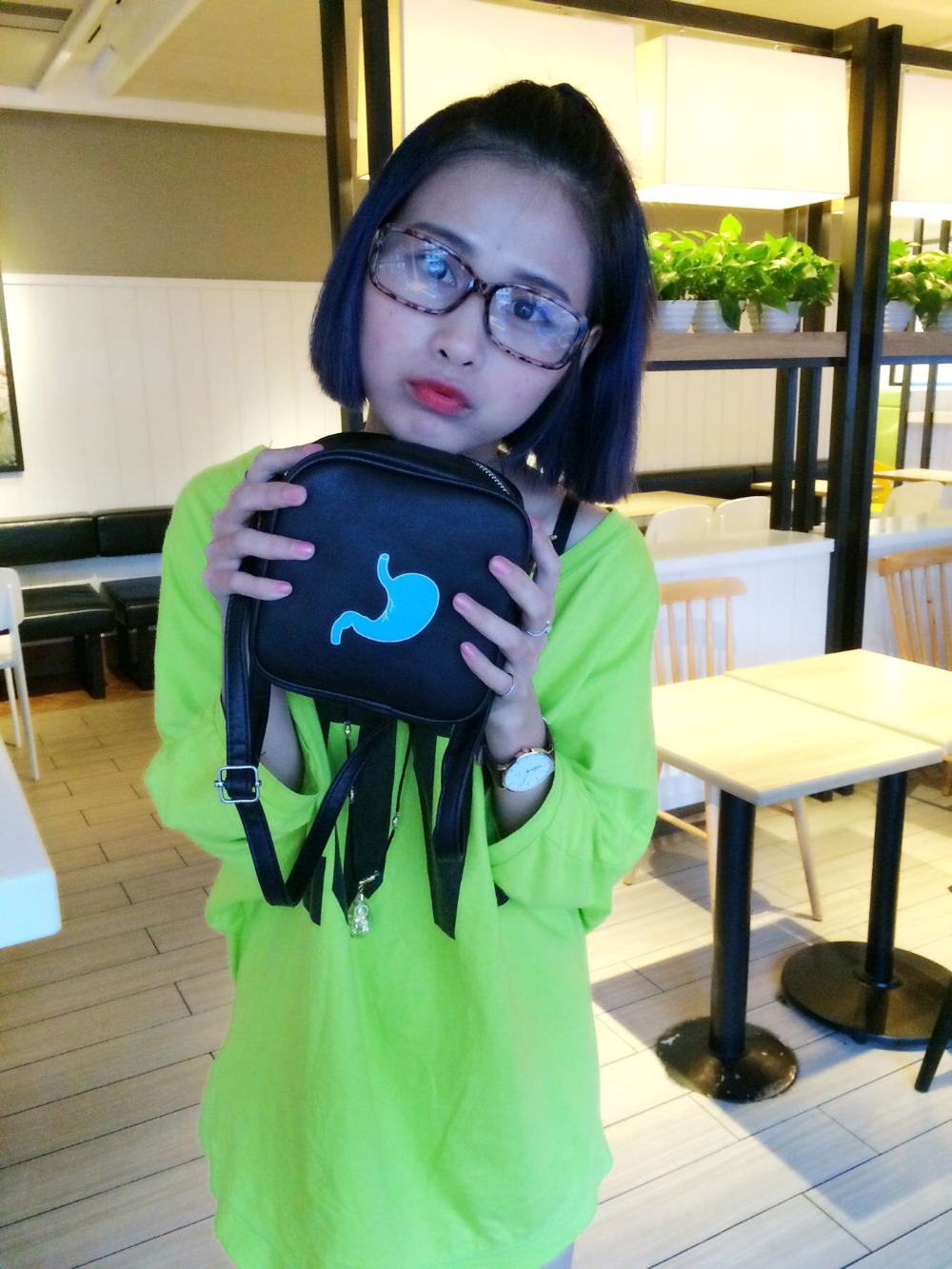 South Koreas new Messenger Shoulder student bag East Gate packet lovely fun