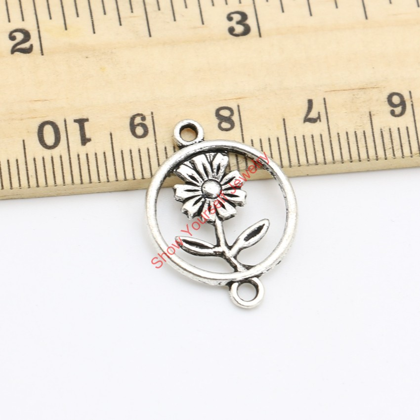 52467cc993e8 20 unids plata tibetana plateado conector flor Amuletos Colgantes para  pulsera collar joyería haciendo DIY artesanal 24x18mm