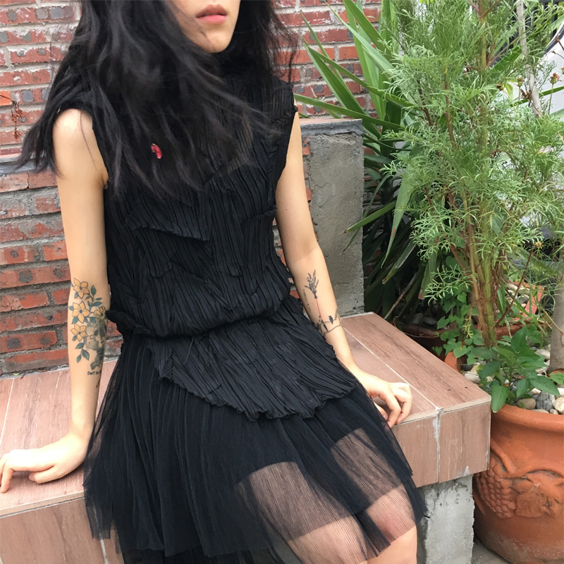Designer deux pièces de pliage robe maille fil pliant chandail extérieur