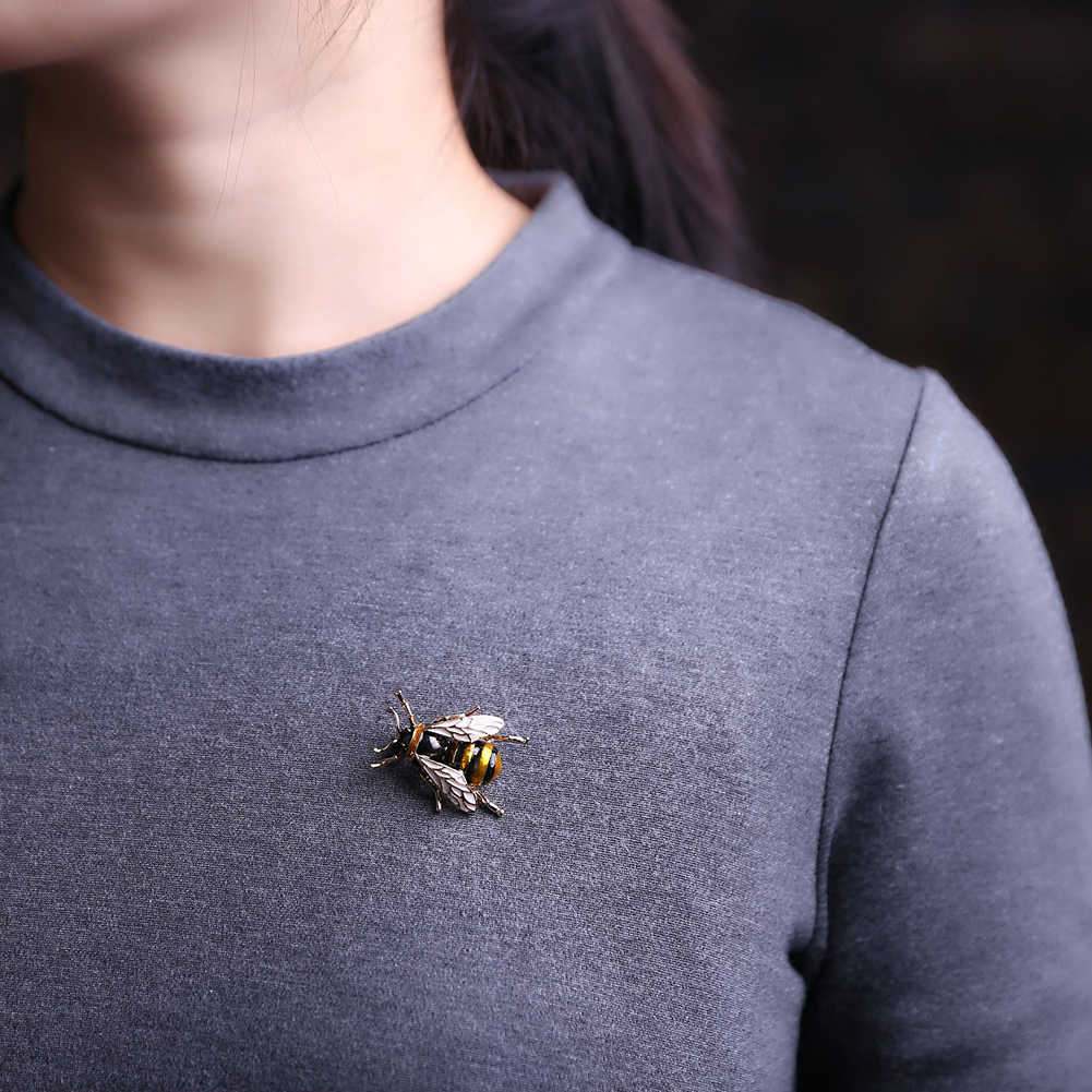 Very Creative Design Brooch Realistic Bumble Bee Brooch Insect Lapel Pin Broach Unisex Fashion Party Brooch