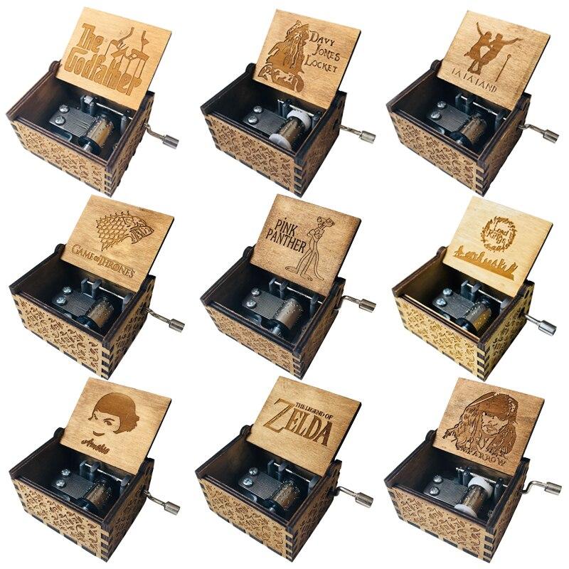 купить Antique Carved  Music Box Game of Thrones Music Box Star Wars Wooden Hand Crank Theme Music box по цене 134.9 рублей