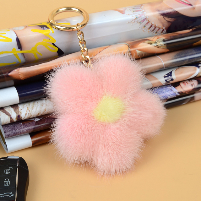 Luxury Fluffy Real Mink Fur Keychain Genuine Fur Cute Flower Key Chain Keychain Metal Ring Pendant Bag Charm f116