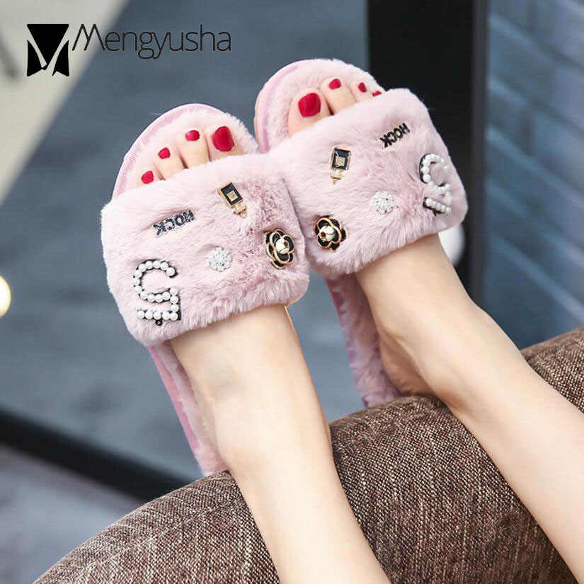 brand designer winter fur slippers women pearl beading flip flops metal flower furry slides ladies cozy plush home shoes