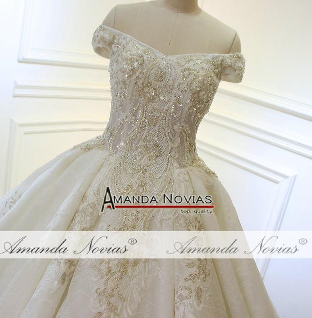 Patterns Pearls Shiny Luxury Long Train Wedding Dress 2250b 2250 2250c 2250d
