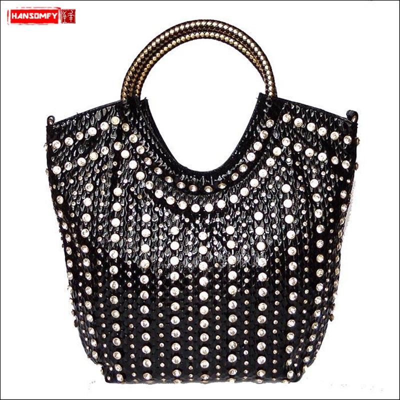 2019 new fashion diamond women s handbag wild patent leather shoulder slung bag rhinestone large capacity
