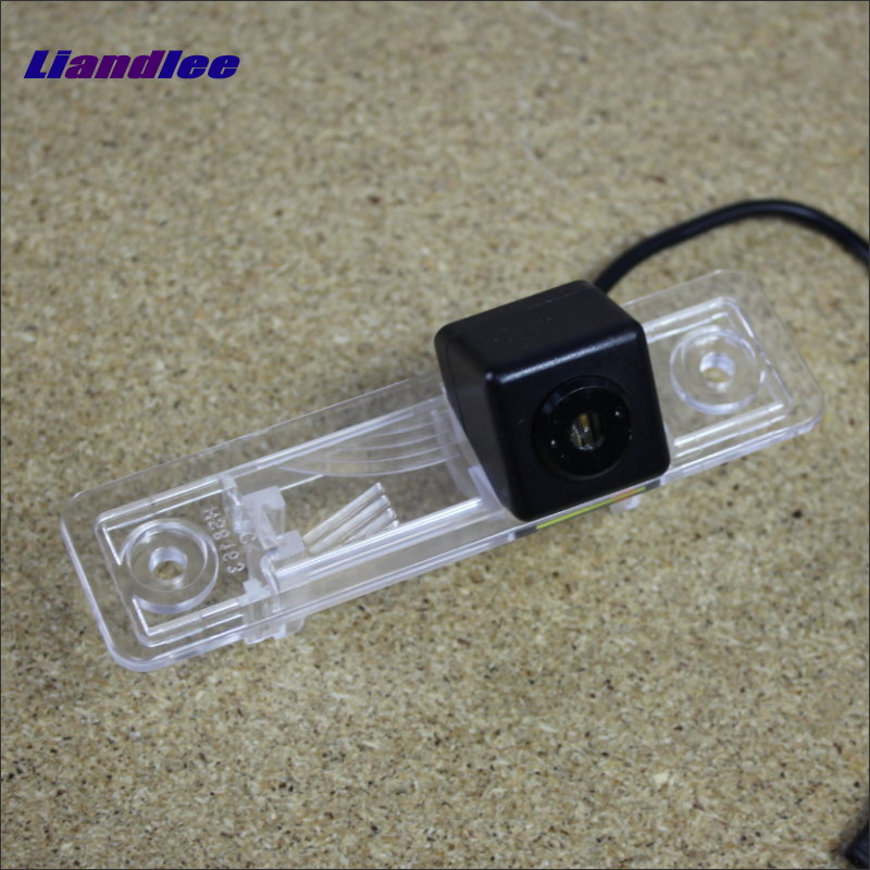 Liandlee Anti Collision Laser Lights For Opel Zafira A 1999~2005 Car Prevent Mist Fog Lamps Anti Haze Warning Rear Light car tracing cauda laser light for volkswagen vw jetta mk6 bora 2010 2014 special anti fog lamps rear anti collision lights
