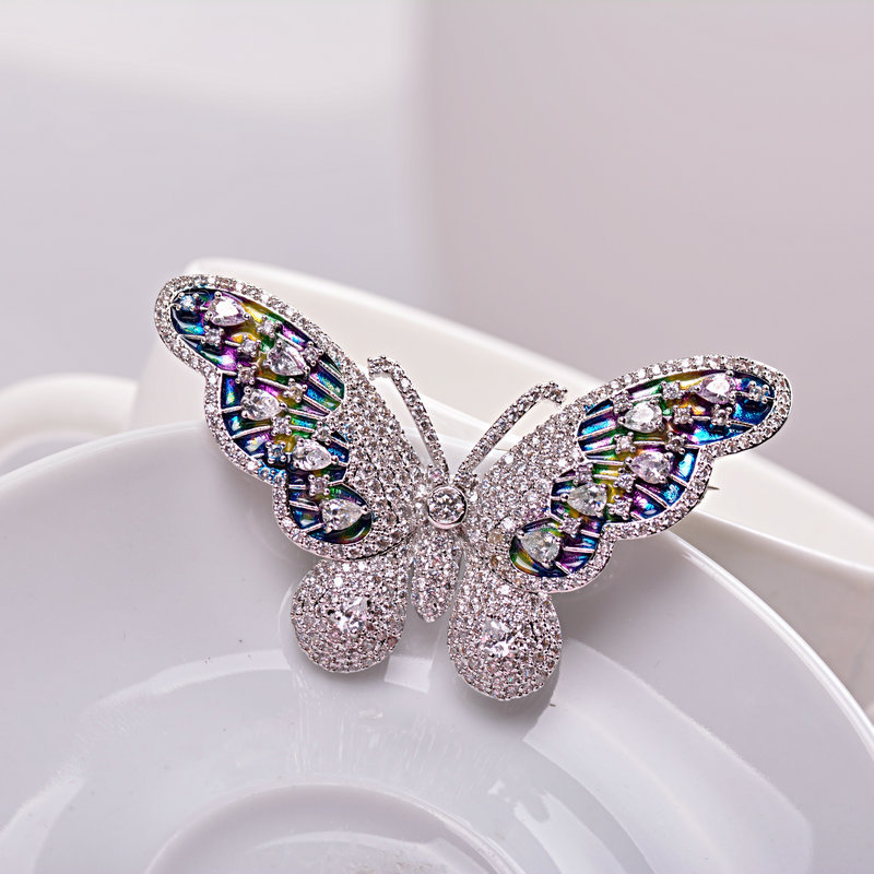 2017 Exquisite Colorful Enamel Butterfly Brooch Pin Clear AAA CZ 2150055 цена 2017