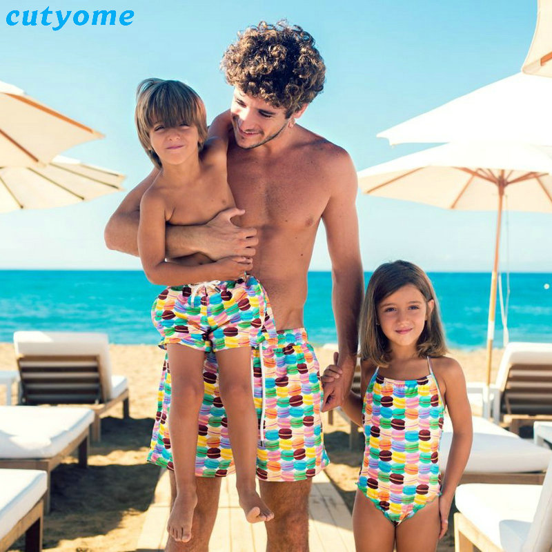 Family Swimsuit For Mother Son Dad Daughter Matching Swimsuit Outfits One-piece Bikini For Baby Girl Women Shorts For Boys Daddy