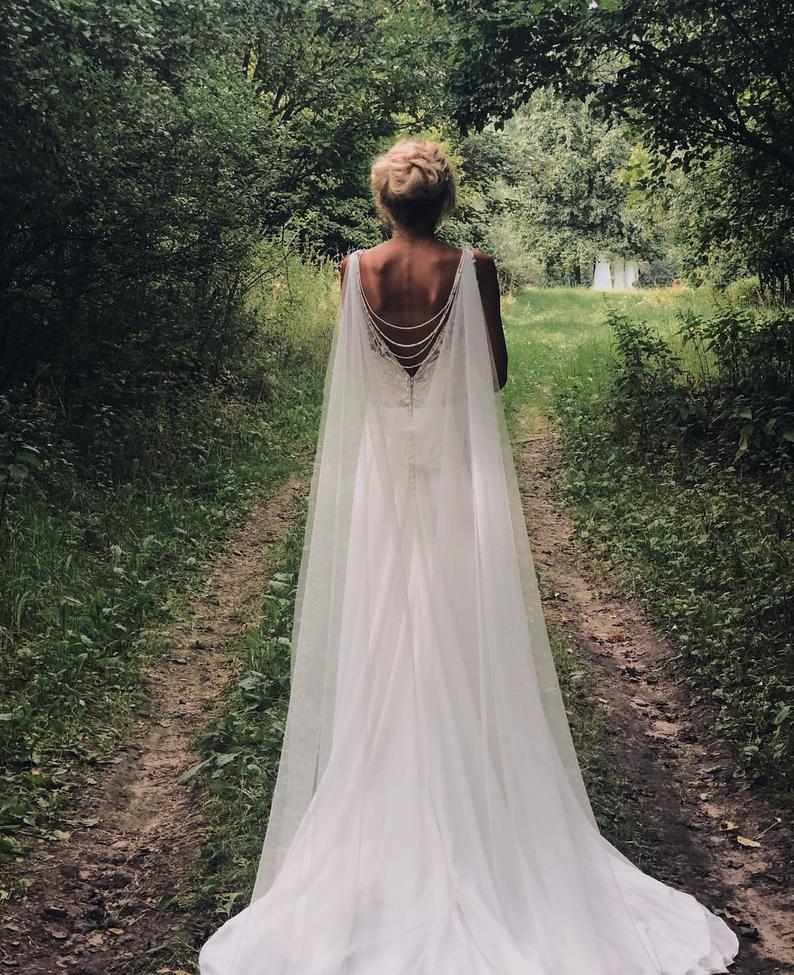 Wedding Cape - Bridal Cape Veil - Shoulder Veil -  Back Necklace, Wedding Cape Veil, Modern Veil, Bridal Back Necklace