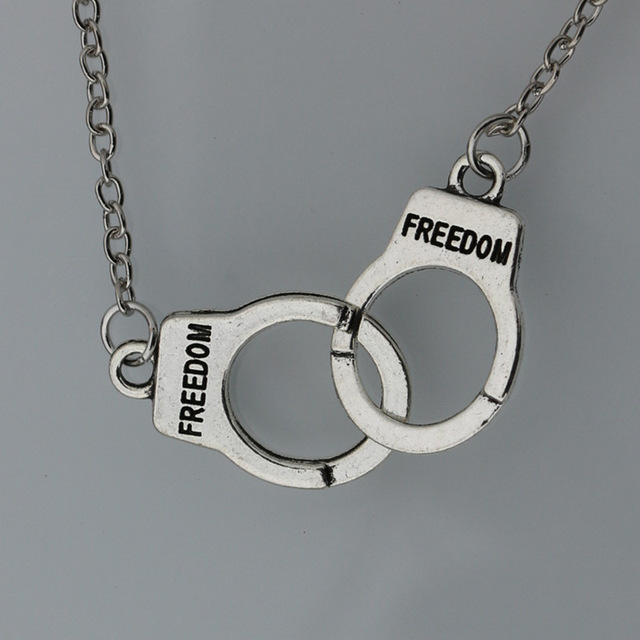 NK2039-Best-Deal-Fashion-Retro-Women-Collier-Pendant-Necklace-Jewelry-Silver-Plated-Handcuffs-Chain-Necklace-Gift.jpg_640x640