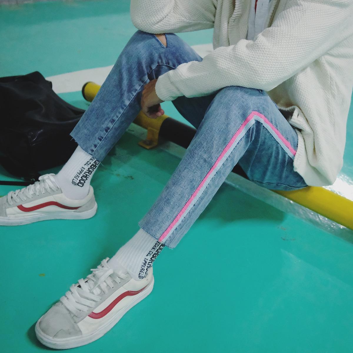 2018 de los hombres de la armadura a decorar azul pantalones ajustados agujeros  clásico marca de Vaqueros Stretch Slim Homme Biker Denim pantalones en ... a6771bfe303