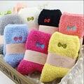 Rihschpiece Зимние Носки Теплые Рождественские Носки Милые Женщины Harajuku Нечеткой Носок Тапочки Kawaii Искусство Повседневная Дамы Носок RZF768