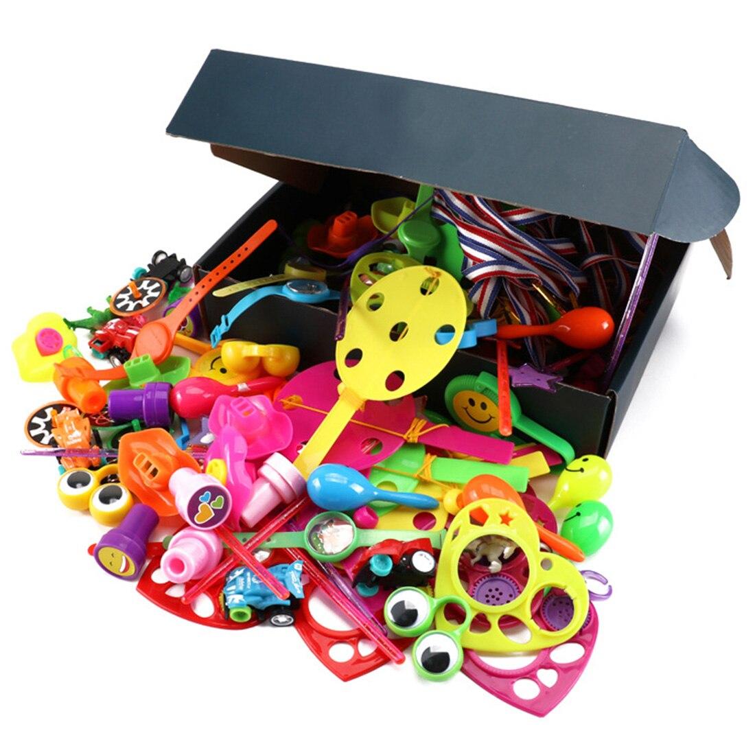 120 pçs crianças aniversário festa giveaways prêmios sortidas pequenos brinquedos conjunto festa favores brinquedos para crianças presente de aniversário