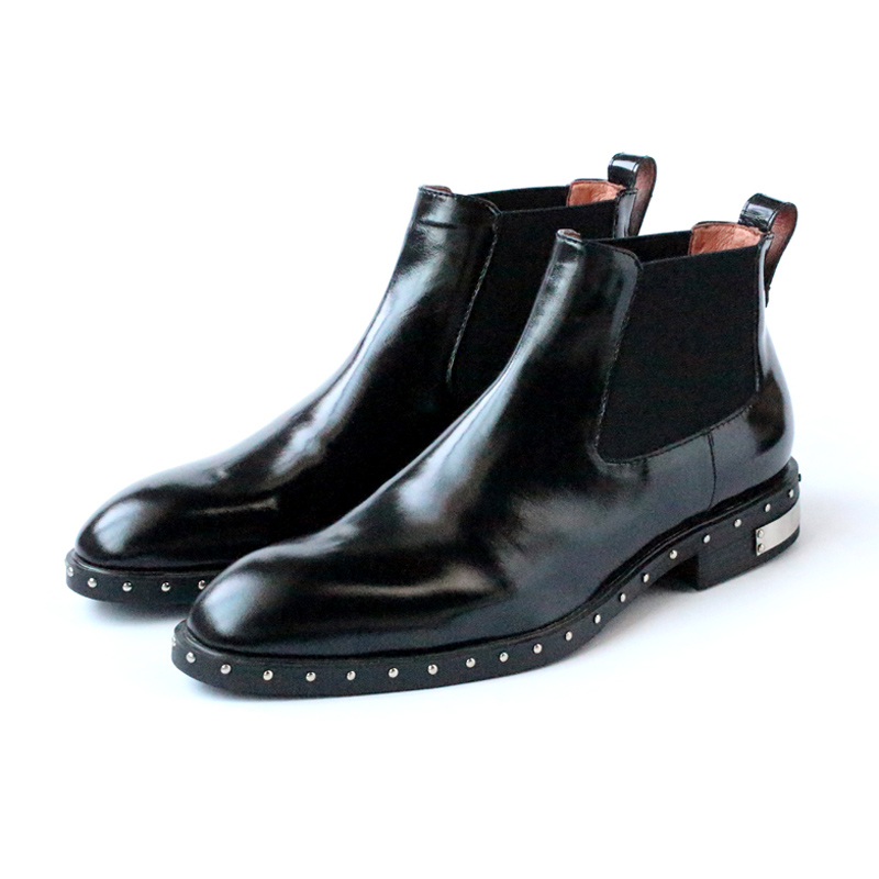 2017 Handmade rivets Light skinned ankle boots pointed toe Chelsea short boots fashion black slip on booties free shipping EU45 new arrival genuine leather pointed toe fashion winter boots rivets thick heel slip on chelsea boots handmade ankle boots l93