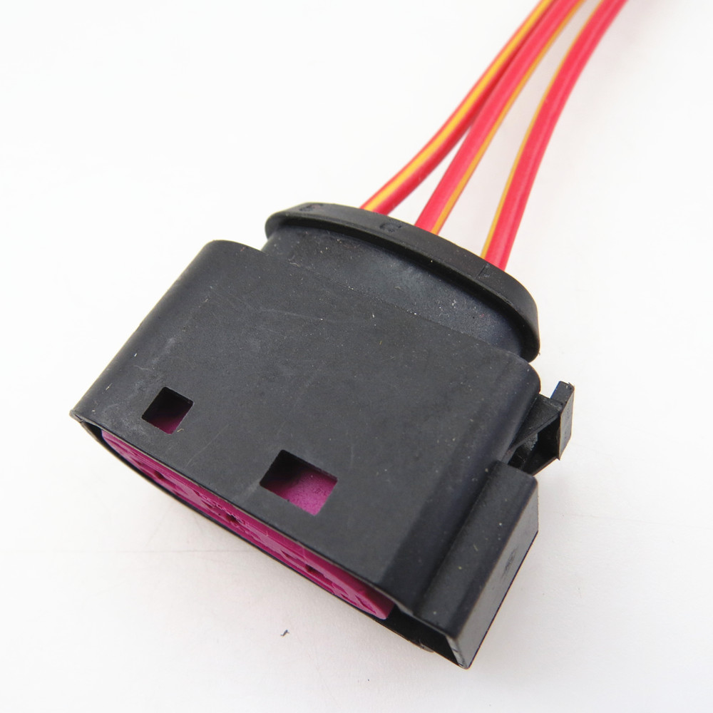 ZUCZUG Car Battery Fuse Box Connector Plug Pigtail For VW Bora Caddy Beetle Sharan Golf Jetta fuse box connectors picture more detailed picture about zuczug car battery fuse blown symptoms at bayanpartner.co