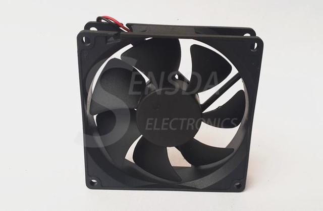Wholesale FOR ADDA AD0912MS-A70GL 90mm 9cm DC 12V 0.17A server axial cooling fans 90x90x25mm