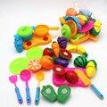 Casa play preescolar niños de plástico de alimentos de frutas y vegetales de corte conjunto de colores pretend play kitchen toys set para niños